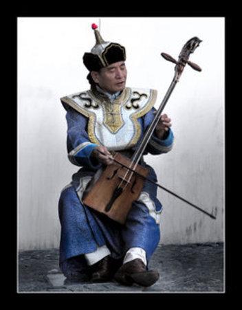 250pxmongolian_musician